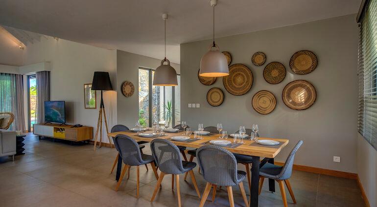 Villa Mythic Nord Dining Room